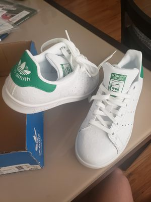 Adidas Stan Smith Embossed Polka Dot Women Size 6 for Sale in Queens, NY