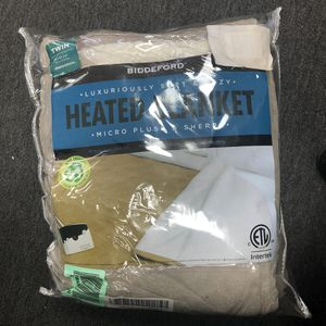 Biddeford MicroPlush Sherpa Electric Heated Warming Blanket TWIN for Sale in Rancho Cucamonga, CA