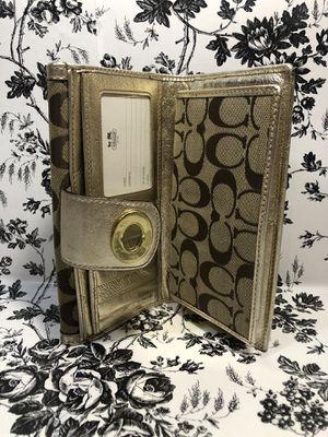 Coach signature wallet and checkbook holder for Sale in McHenry, IL