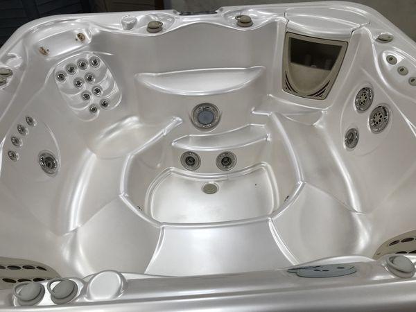 7 Person Hot Springs Tub