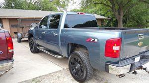 2007 Chevy Silverado 1500 Z71 4x4 for Sale in Austin, TX