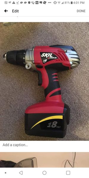 Skil Cordless Drill 18v w/ two battery for Sale in Paxton, IL