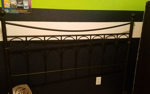 Queen size bed frame FREE for Sale in Quincy, IL