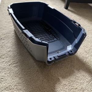 Small dog crate for Sale in Washington, DC