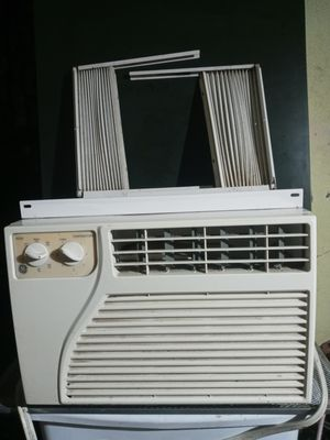 GE 5200BTU AIR CONDITIONER for Sale in Humble, TX