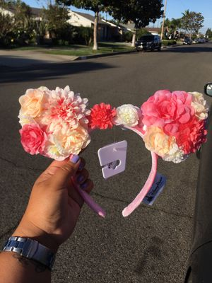 BRAND NEW AUTHENTIC MINNIE MOUSE DISNEY EARS FLOWERED THEMED for Sale in San Diego, CA
