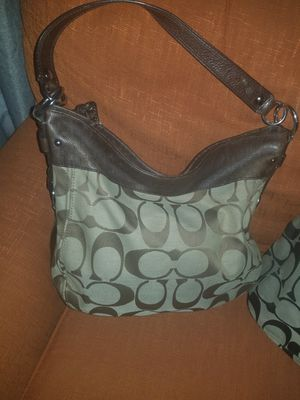 COACH LARGE PURSE for Sale in Tolleson, AZ
