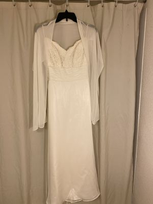 cream colored wedding dress sz 2 for Sale in St. Louis, MO