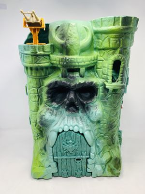 Vintage 1981 Mattel Masters of the Universe Castle Grayskull for Sale in Irwindale, CA