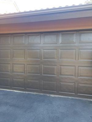 16x7 sectional brown garage door for Sale in Fresno, CA