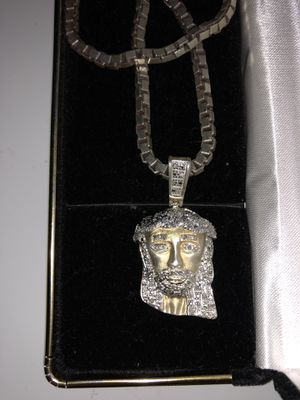 14k Jesus Piece w/ Diamonds for Sale in Silver Spring, MD