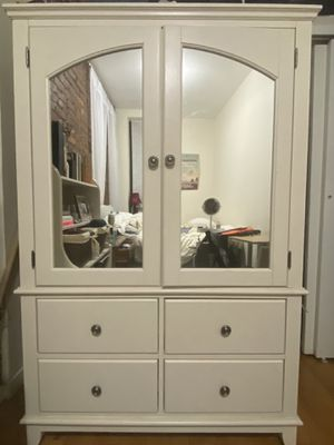 Raymour & Flanigan Mirrored Armoire & Bookcase Bedroom Set for Sale in New York, NY