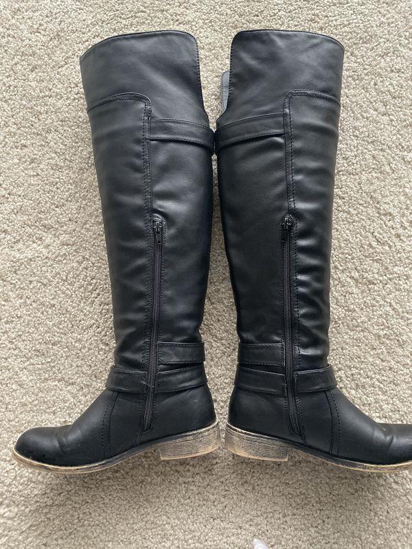 Madden Girl Chrysler Boots Size 6