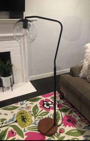 New Glass Globe Floor Lamp for Sale in Phillips Ranch, CA