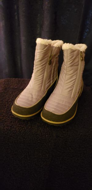 JUB beige&black rain resistant all weather and all turain boots 6 for Sale in Beaverton, OR