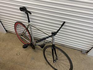 Iro fixie road bike, fixed gear for Sale in Evergreen, CO