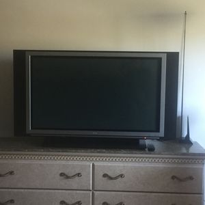 "TV LG 43"" for Sale in Los Angeles, CA"
