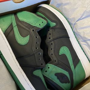 Jordan 1 Pine Green for Sale in Stockton, CA