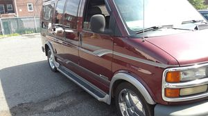 Chevy Express 1500 Gladiator Edition for Sale in Philadelphia, PA
