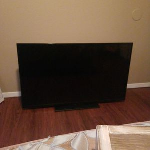 "42"" Insignia Tv (Screen Wont Turn On) for Sale in Chico, CA"