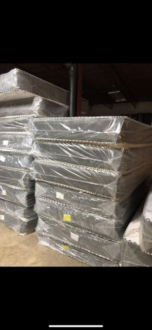 Mattress and box spring delivery available all sizes available for Sale in Naperville, IL