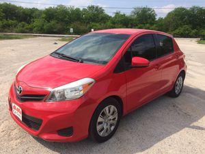 2013 Toyota Yaris LE hatchback for Sale in San Antonio, TX