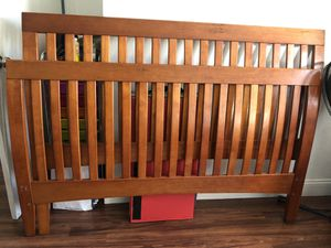 Wood Queen bed frame for Sale in San Jose, CA