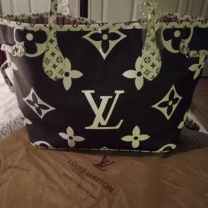 Black & White Tote Purse Handbag 👜 Cartera Nueva for Sale in Hialeah, FL