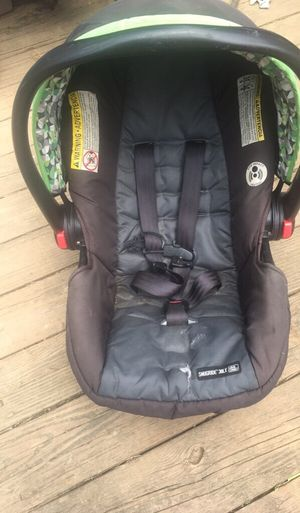 Graco infant/baby car seat for Sale in Cambridge, OH