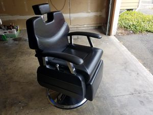 Barber chair for Sale in Puyallup, WA