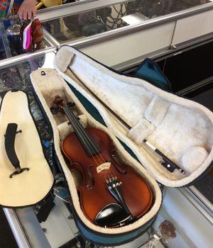 Becker model 175, 3/4 size Violin with Bow, Case, and Shoulder Rest for Sale in Orange, CA