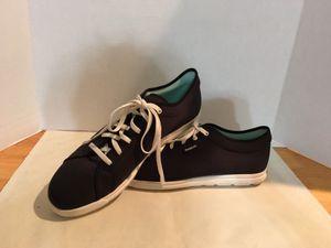 Woman's Size 11 Reebok Walking Sneakers 👟 for Sale in Las Vegas, NV