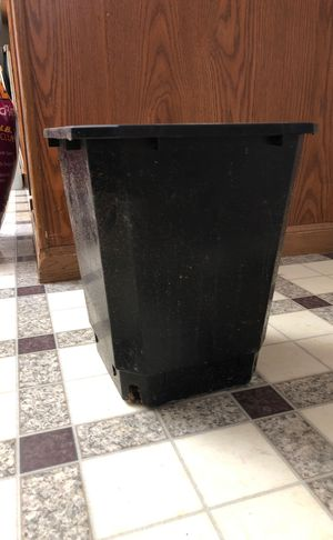 100- 3 gallon square planting pots garden gardening for Sale in Columbus, OH
