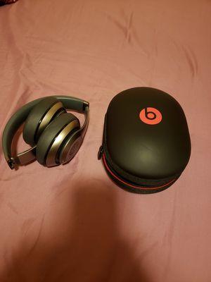 Beats wireless studio bluetooth headphone for Sale in Las Vegas, NV