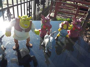 Shrek set bundle for Sale in Stockton, CA