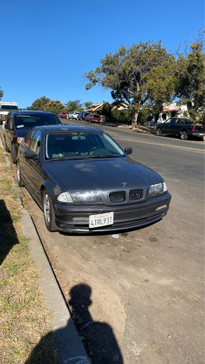 bmw 325i 2001 for Sale in Los Angeles, CA