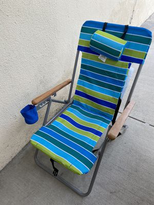 Beach camping chair for Sale in Los Angeles, CA