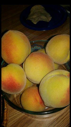 Free peaches for Sale in San Bernardino, CA