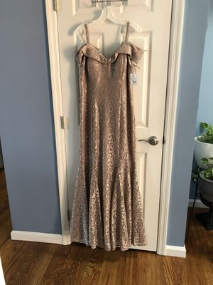 Gold dress for Sale in Saint Charles, MO