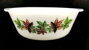 Vintage Glasbake Jeannette Maple Leaf Casserole Dish for Sale in Cherryvale, KS