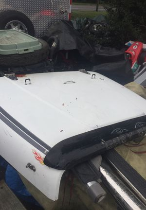 Wrangler hood 1988 with Chrome hinges for Sale in Jackson, NJ