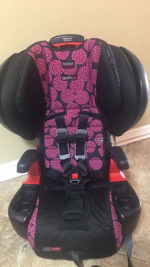 Britax pinnacle clicktight booster car seat for Sale in Burleson, TX