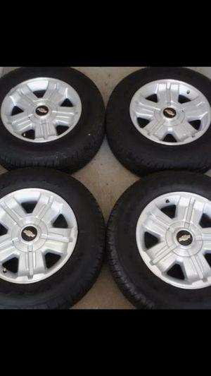 Like New Texas Edition Chevy z71 Factory Rims & Tires Stock Original Wheels Rines y llantas Chevrolet Silverado Tahoe Avalanche GMC Sierra Yukon subu for Sale in Dallas, TX