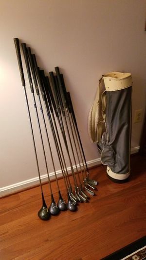 Women's Golf Full Set of Clubs Right Handed for Sale in Reston, VA