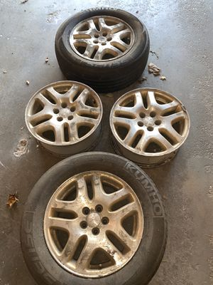 Subaru Rims Fits Outback 2000-2004 Original OEM rims perfect for your soon to be needed winter tires. They have been sitting around need a good clea for Sale in Pittsfield, MA