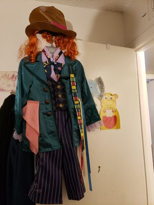 Disney Mad Hatter Kid Halloween Costume 5-6 for Sale in Glendale, AZ