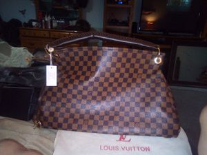 Louis Vuitton handbag with dust bag for Sale in Lyndhurst, OH