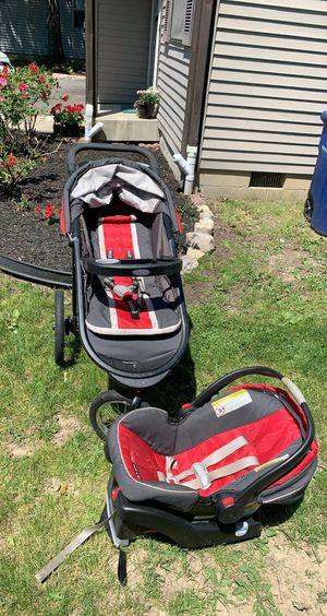 Stroller and car seat with car base for Sale in UPPER ARLNGTN, OH