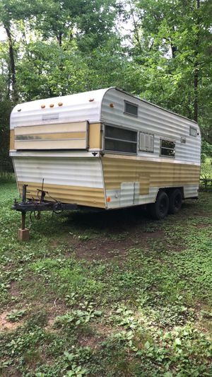 Hunting camper or toy hauler camper for Sale in Collegedale, TN