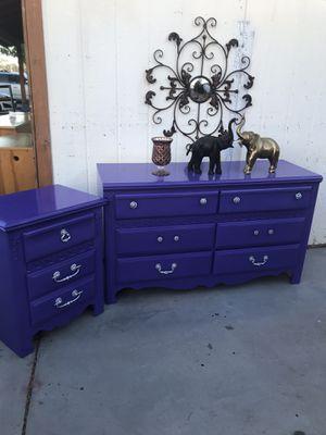 Dresser nightstand perfect condition for Sale in Phoenix, AZ